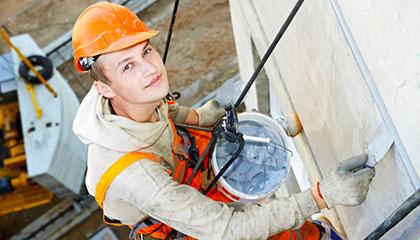 Výškové opravy fasád