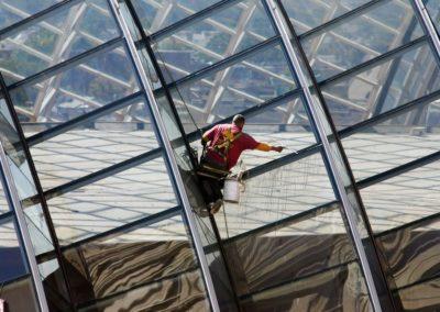 Výškové mytí oken a skel 03
